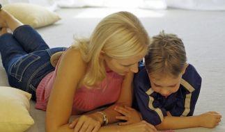 Vorlesen ist wichtig, um Kindern zu zeigen, wozu Lesen und Schreiben wichtig ist. (Foto)