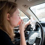 Vorsicht, Autofahrer: Heuschnupfen wirkt wie 0,5 Promille Alkohol (Foto)