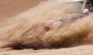 Während der Rallye Dakar 2015 wird jede Menge Sand aufgewirbelt. (Foto)