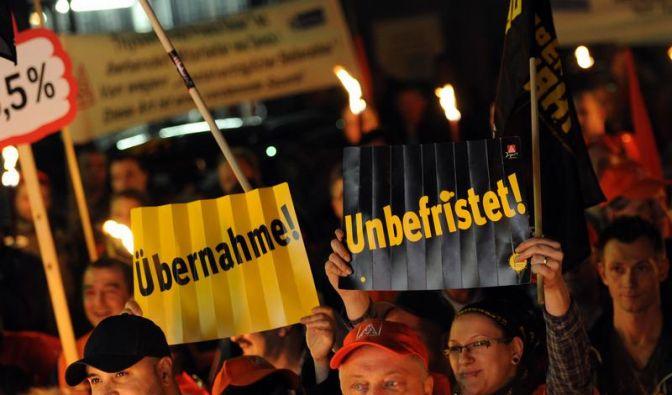 Warnstreikwelle der Metaller rollt durch Deutschland (Foto)