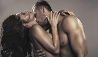 Was verspricht ihr Jahr 2016? Knisternde Erotik, die große Liebe oder doch eine leidenschaftliche Affäre? (Foto)