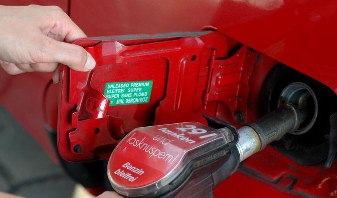 Was sagt die Oktanzahl von Benzin aus? (Foto)