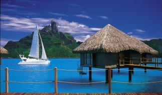 Wasserbungalow auf Tahiti (Foto)