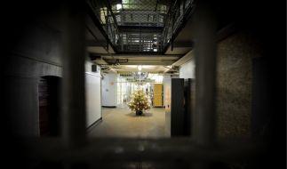 Weihnachtsbaum im Gefängnis (Foto)