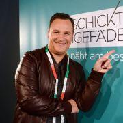 Welcher Kandidat zeigt Gudio Maria Kretschmer sein größtes Näh-Talent? (Foto)