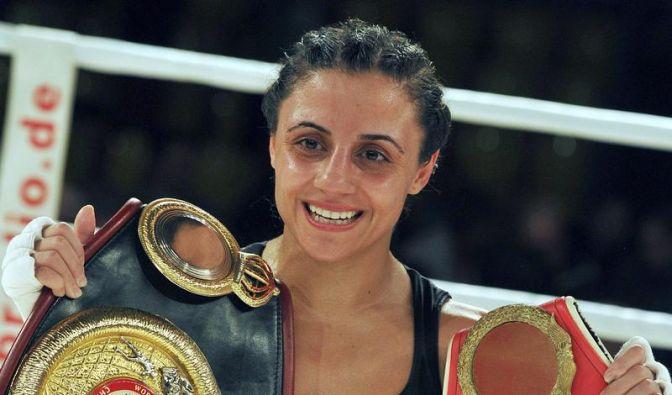 Weltmeisterin Kentikian boxt in Frankfurt (Foto)
