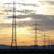 Wenn der Strompreis 2013 steigt, kann sich der Staat über Steuermehreinnahmen in Milliardenhöhe freuen.
