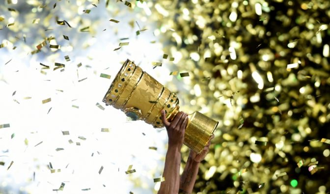 Wer trifft im Halbfinale des DFB-Pokal aufeinander? Am Mittwoch fällt die Entscheidung. (Foto)
