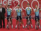 Wer ist der Kapitän: Alberto Contador (l.) neben Lance Armstrong. (Foto)