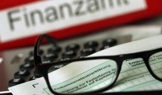 Wer studierende Kinder hat, kann Kinder- und Ausbildungsfreibeträge bei der Steuerberechnung in Anspruch nehmen. (Foto)