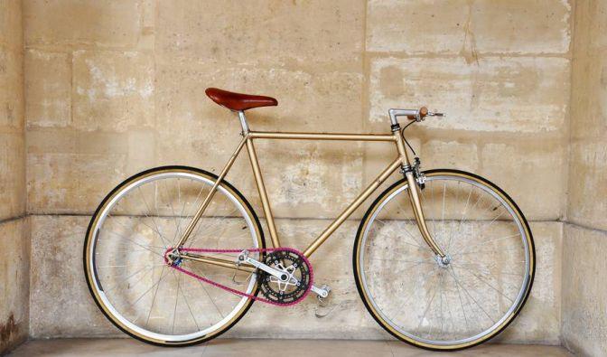 Wer urban Rad fährt und was auf sich hält, hat einen alten Stahlrahmen von allem unnötigen Ballast befreit und fährt mit nur einem Gang: Singlespeed, auch Fixies genannt. (Foto)
