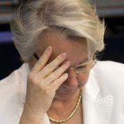 Wie gebildet ist unsere Bildungsministerin wirklich? Annette Schavan (CDU) könnte ihren Doktortitel verlieren.