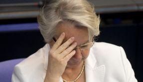Wie gebildet ist unsere Bildungsministerin wirklich? Annette Schavan (CDU) könnte ihren Doktortitel verlieren. (Foto)