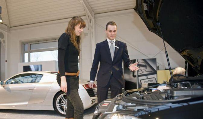 Wie werde ich...? Automobilkaufmann (Foto)