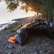 Wieder werden Dutzende Flüchtlinge im Mittelmeer vermisst (Foto)