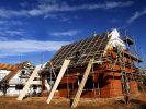 Wiederaufbau von Häusern (Foto)