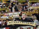 «Wir sind ein bunter Haufen»: Dynamo-Ultras im K-Block des Glücksgas-Stadions. (Foto)