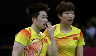 «Wir waren schon qualifiziert, wir wollten Kraft sparen für die K.o.-Runden»: Yu Yangs (links) und Wang Xiaolis Taktik könnte nach hinten losgehen. (Foto)