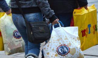 Wirbel um Plastiktüten: Kommt eine Umweltabgabe? (Foto)