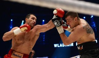 Wladimir Klitschko (links) war dem polnischen Herausforderer Mariusz Wach klar überlegen. (Foto)