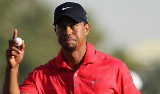 Woods holt ersten Turniersieg seit 2009 (Foto)