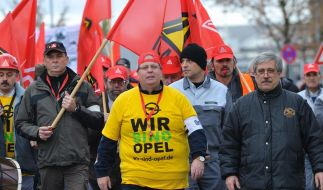 Wütende Opel-Beschäftigte demonstrieren (Foto)