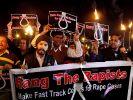 Wütender Protest in Neu Delhi nach der Vergewaltigung und Ermordung einer jungen Inderin im Dezember 2012. (Foto)