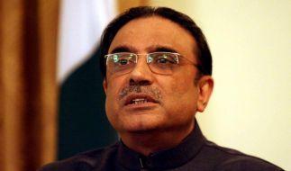 Zardari unterzeichnet Scharia-Abkommen für Swat (Foto)