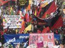 Zehntausende bei G20-Protest - Randale in Berlin (Foto)