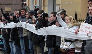 Zehntausende Russen protestieren vor Wahl gegen Putin (Foto)