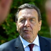 Zeitung: NSA spähte Schröder auch als Ex-Kanzler noch aus (Foto)