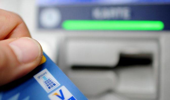 Zu hohe Dispozinsen: Kritik an deutschen Banken (Foto)