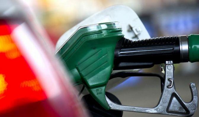 Zum Ferienbeginn: ADAC wirft Konzernen Benzin-Abzocke vor (Foto)