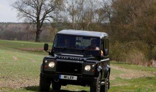 Zum 65. Geburtstag: Land Rover Defender kommt als Sondermodell LXV (Foto)