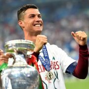 Zum 2. Mal wurde Ronaldo als Europas Fußballer des Jahres ausgezeichnet. (Foto)