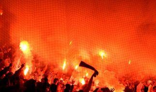 ZuPo2010: Rundum-Schutz für Fußball-Fans (Foto)