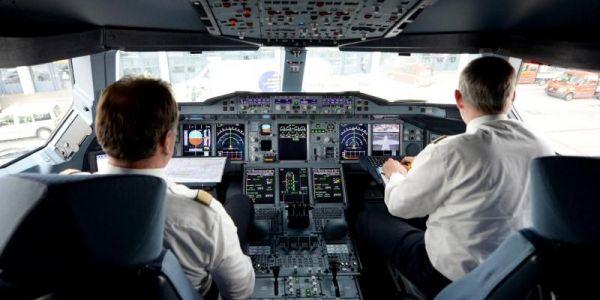 Andreas L. sperrte ihn aus dem Cockpit