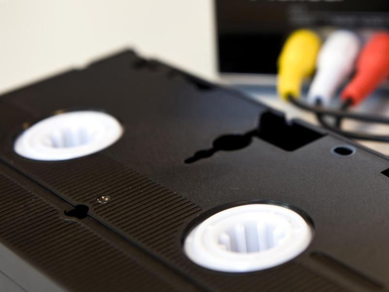 vhs kassetten digitalisieren so berspielen sie ihre. Black Bedroom Furniture Sets. Home Design Ideas