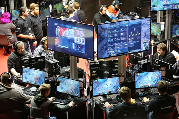 Esports Live Ticker