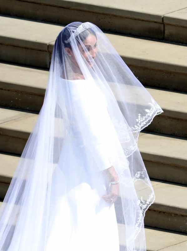 Brautkleid Meghan Markle: SIE hat Meghans Givenchy-Kleid entworfen ...