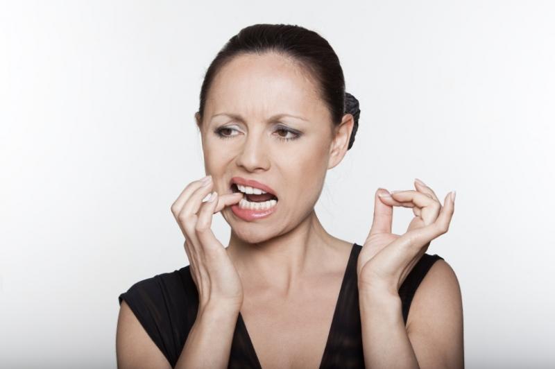 weiße wunden im mund