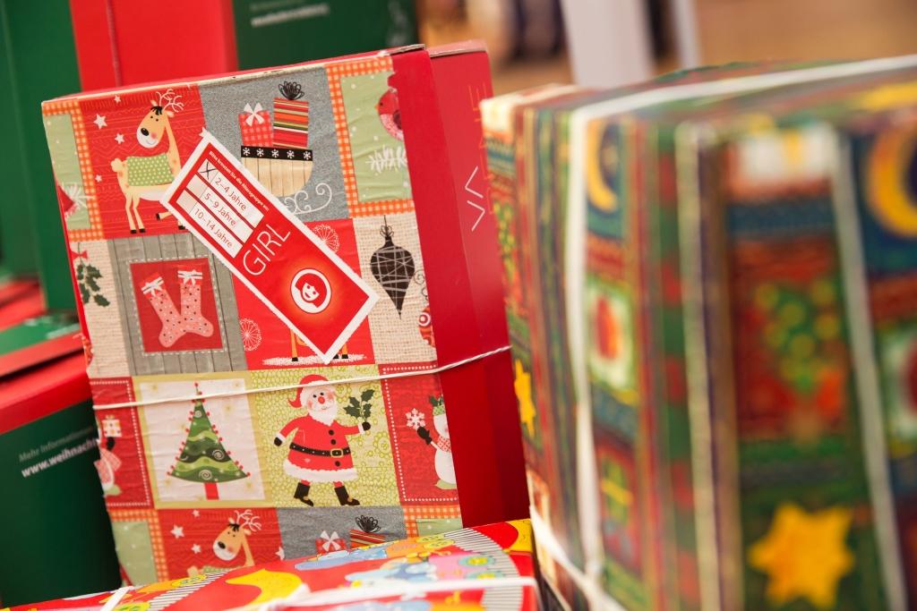 Weihnachten im Schuhkarton 2018: Sammelstellen, Packliste und Co ...