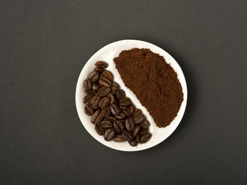 verkehr kaffeepulver gutes mittel gegen mief im auto. Black Bedroom Furniture Sets. Home Design Ideas