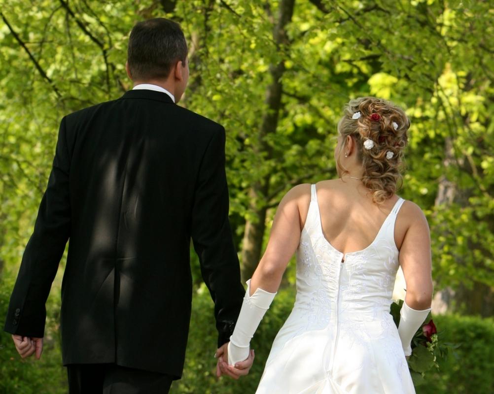 Sendung Verpasst Hochzeit Auf Den Ersten Blick Hochzeit Auf Den Ersten Blick Annika Und Manuel Wagen Sich Zaghaft In Die Ehe Auf Sat1