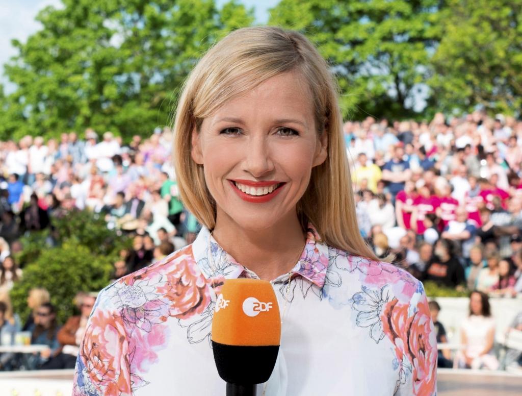 ZDF-Fernsehgarten: Beatrice Egli ohne BH im TV? DAMIT