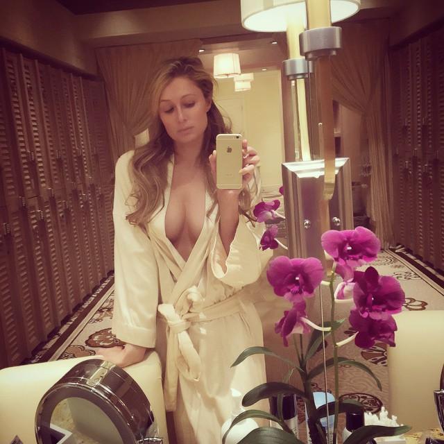 Britney nackt mit paris foto 24
