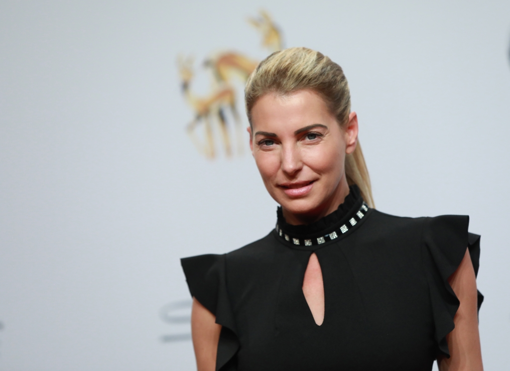 Giulia Siegel nackt: Hüllenlos! HIER zeigt die Blondine