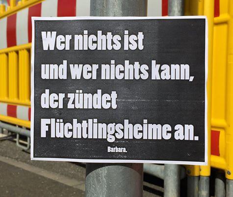 fremdenhass bei facebook: lachen gegen braunen dreck: nazis ärgern