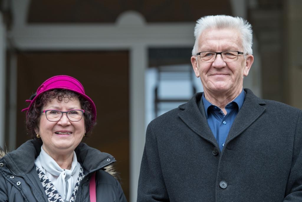 Winfried Kretschmann Zieht Sich Zuruck Ehefrau An Brustkrebs Erkrankt Ministerprasident Will Fur Seine Frau Da Sein News De