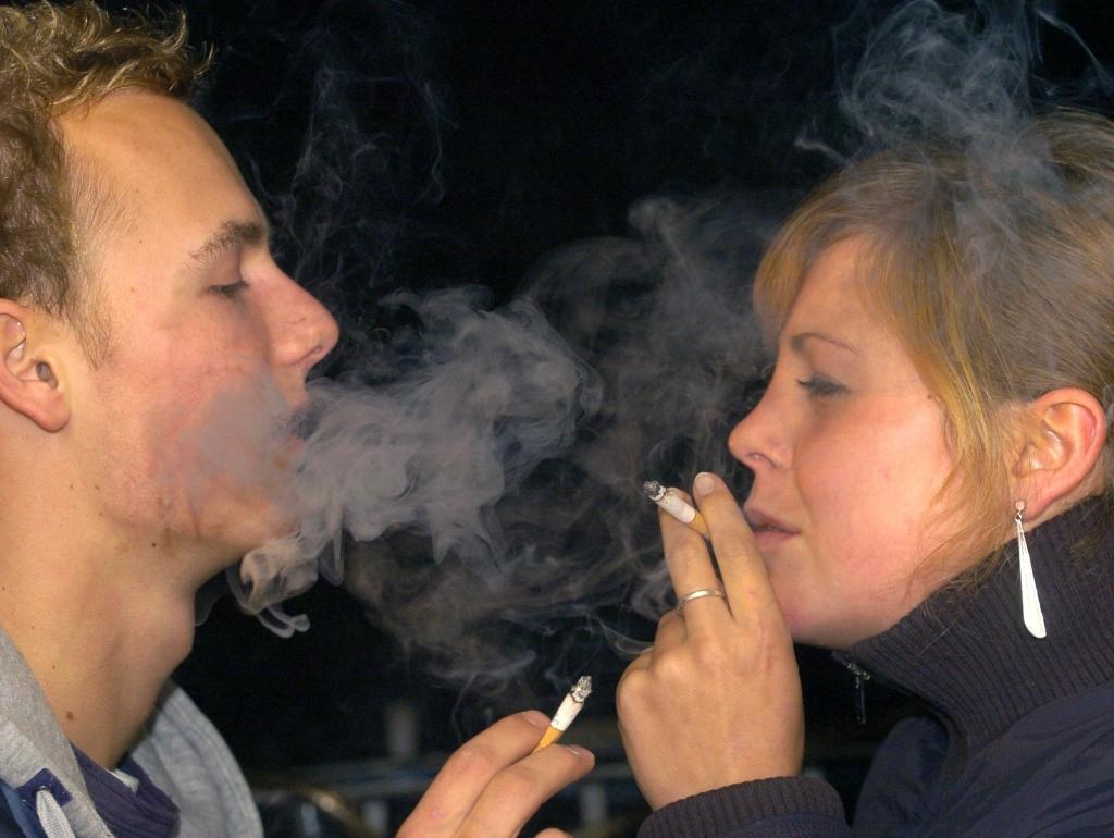 rauchen jugendliche wie viel